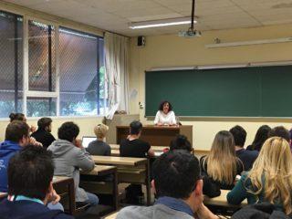 Los estudiantes de la UGR trasladan a Pilar Aranda sus propuestas para el programa